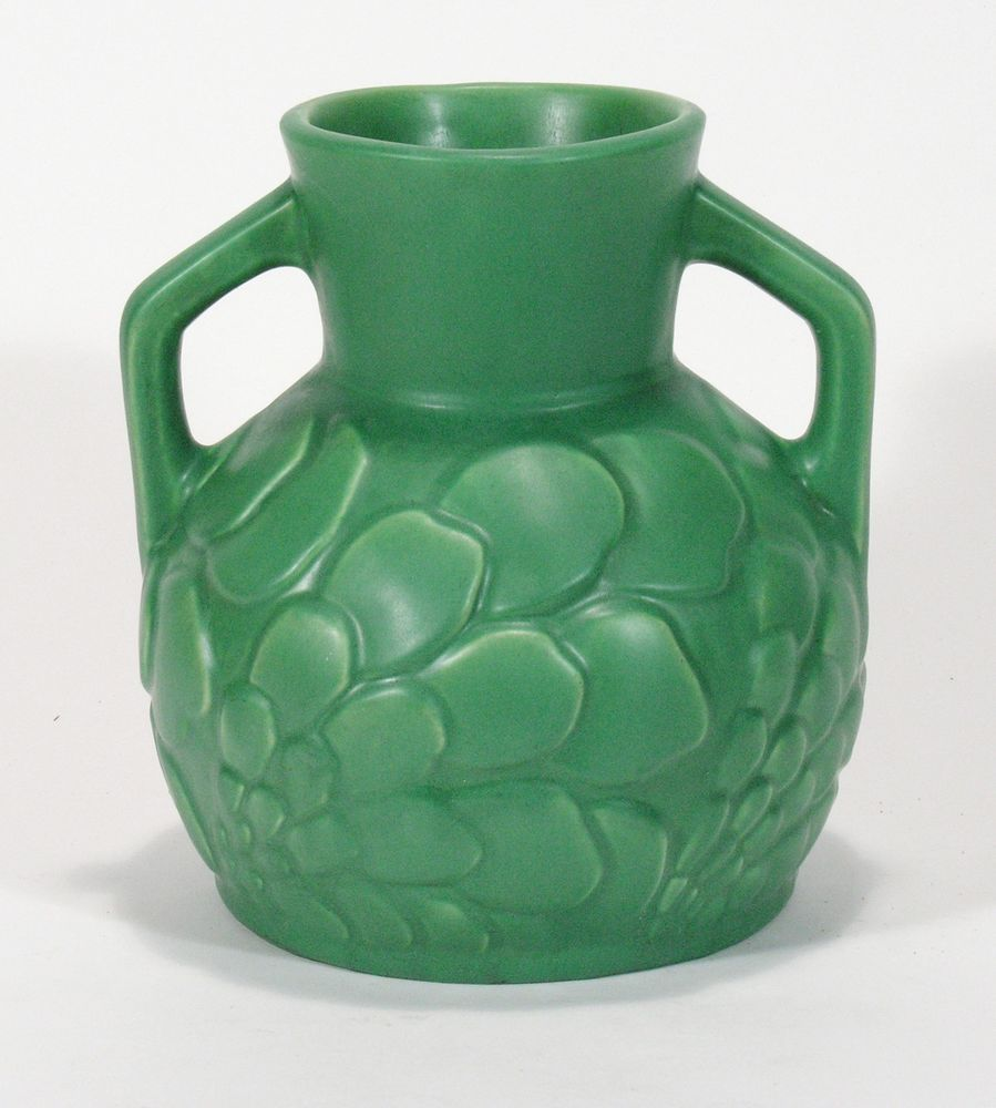 Camark pottery arkansas exceptional matte green floral handle vase camark pottery arkansas exceptional matte green floral handle vase arts crafts reviewsmspy
