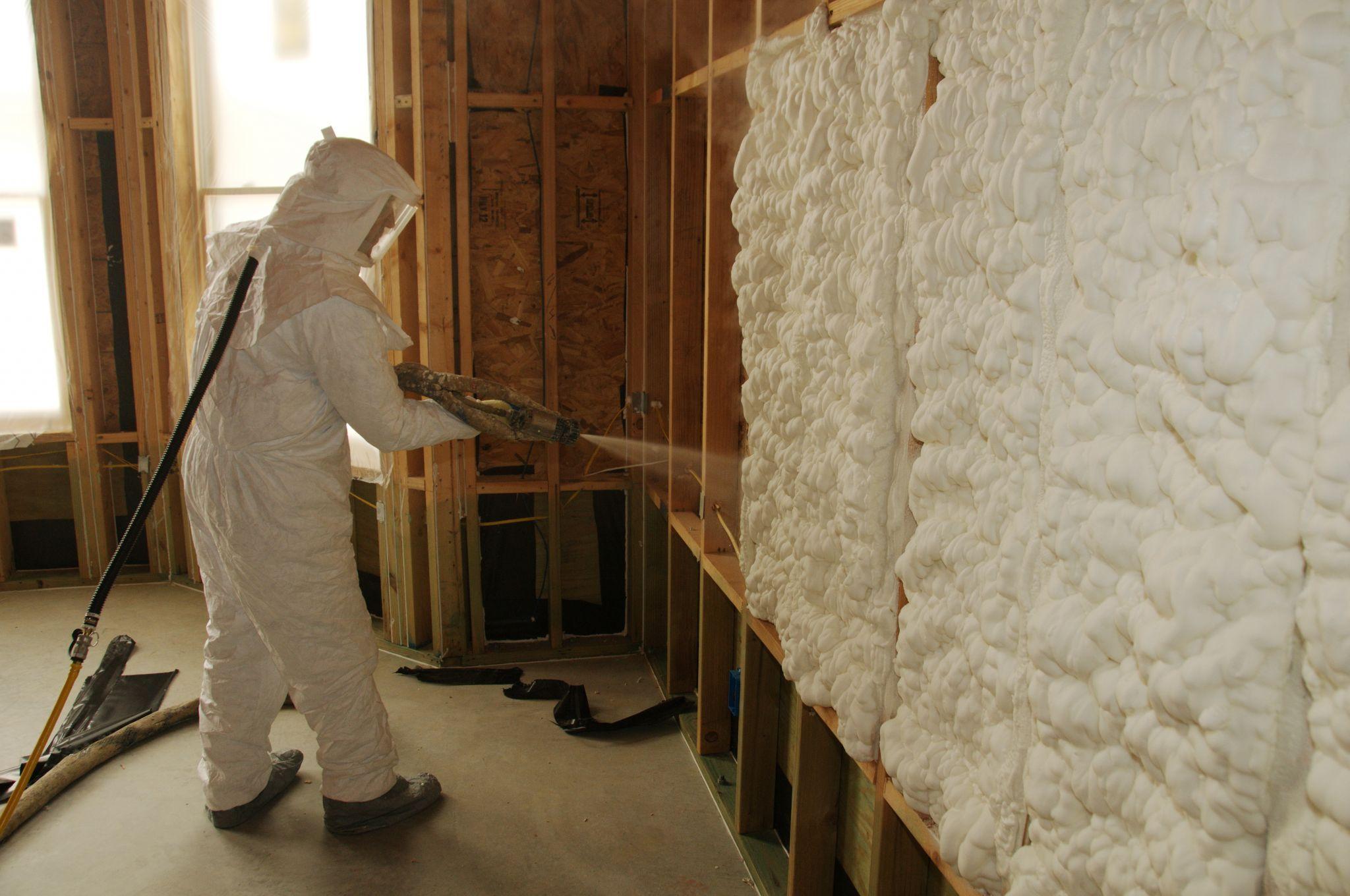 Aislamiento De Poliuretano Este Material Sirve No Solo Para No Dejar Pasar El Frio O El Calor Sino Tam Eficiencia Energetica En Edificios Azoteas Aislamiento
