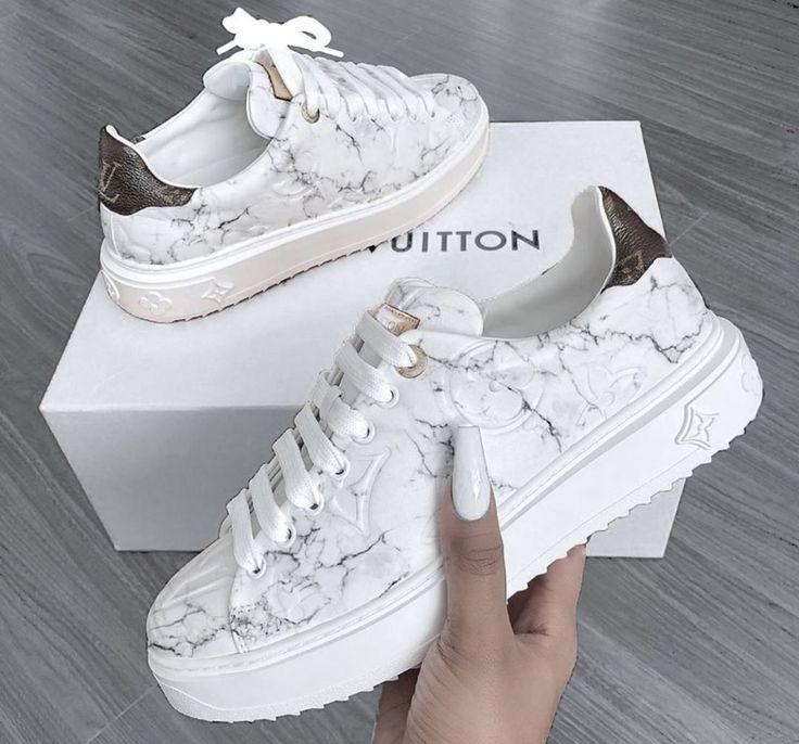Pin Oleh Dwigina Nurmala Di Sneakers Sepatu Kets Model Sepatu