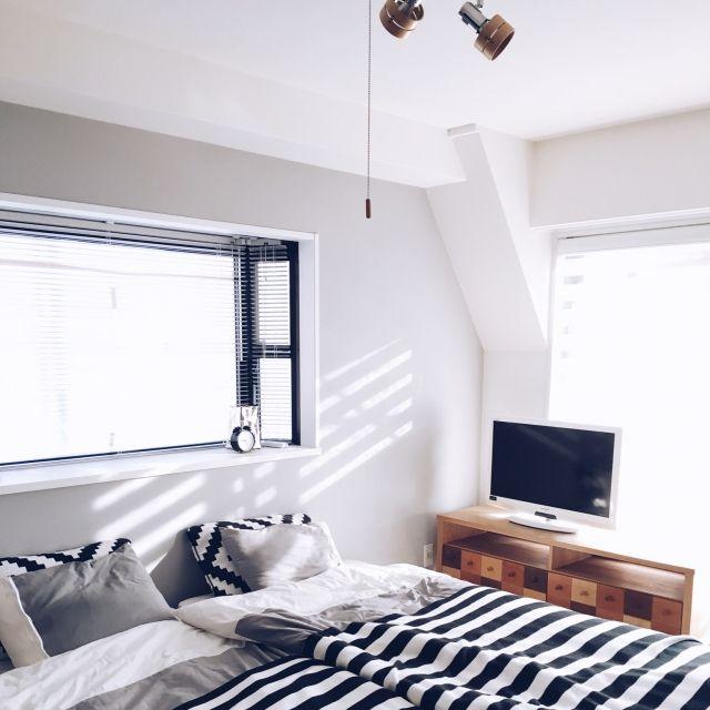 romi___o.さんの、ベッド周り,IKEA,寝室,アクセントクロス,北欧 ...