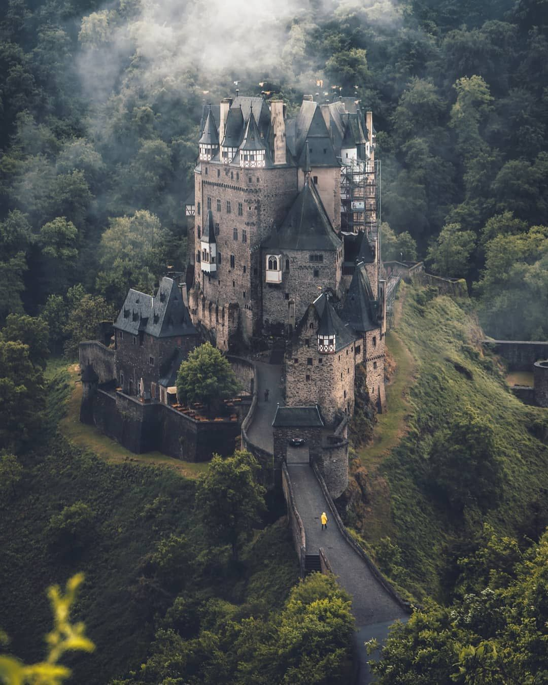 Sick Castle In Germany By Marcel Siebert Marcelsiebert Germany Castles Castle Beautiful Castles