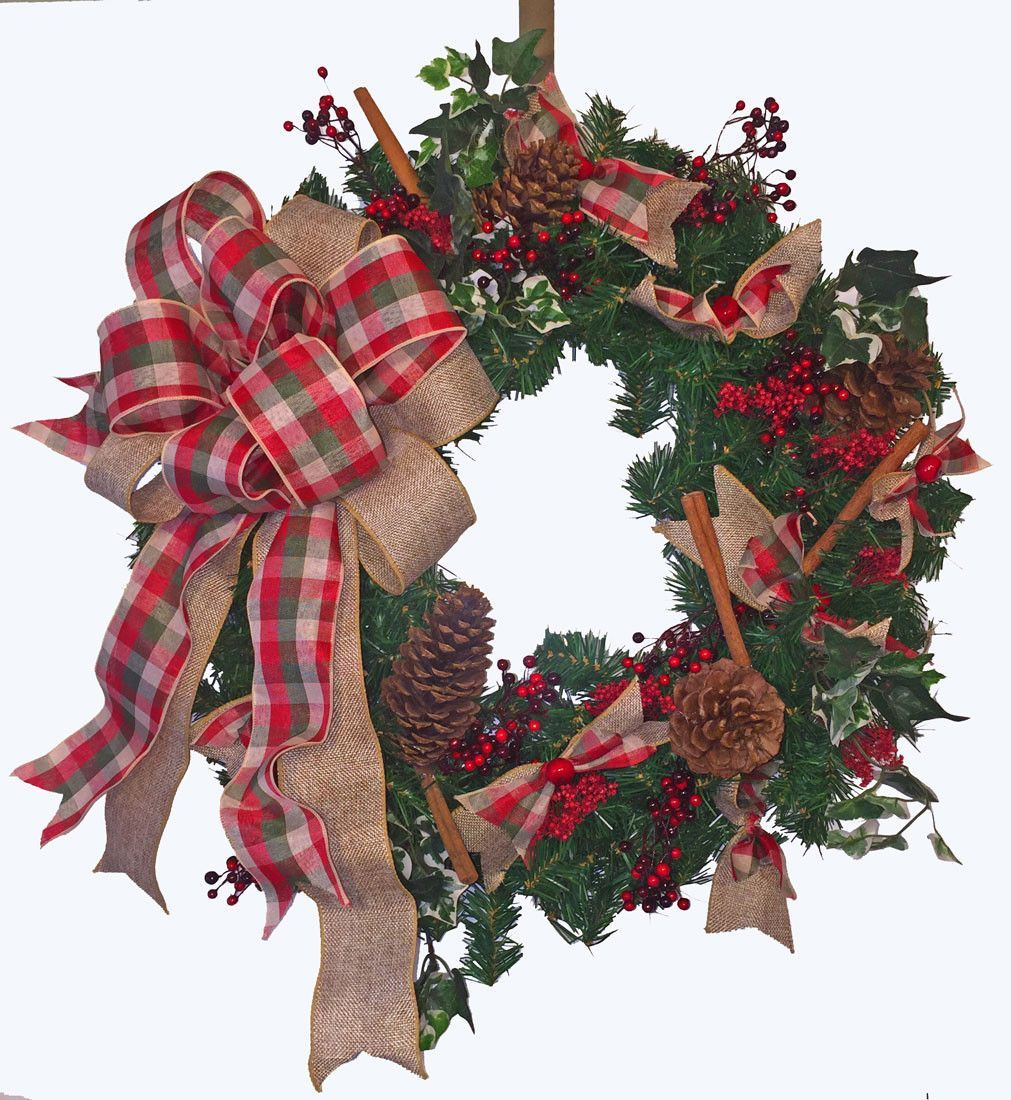 Traditional Country Christmas Wreath