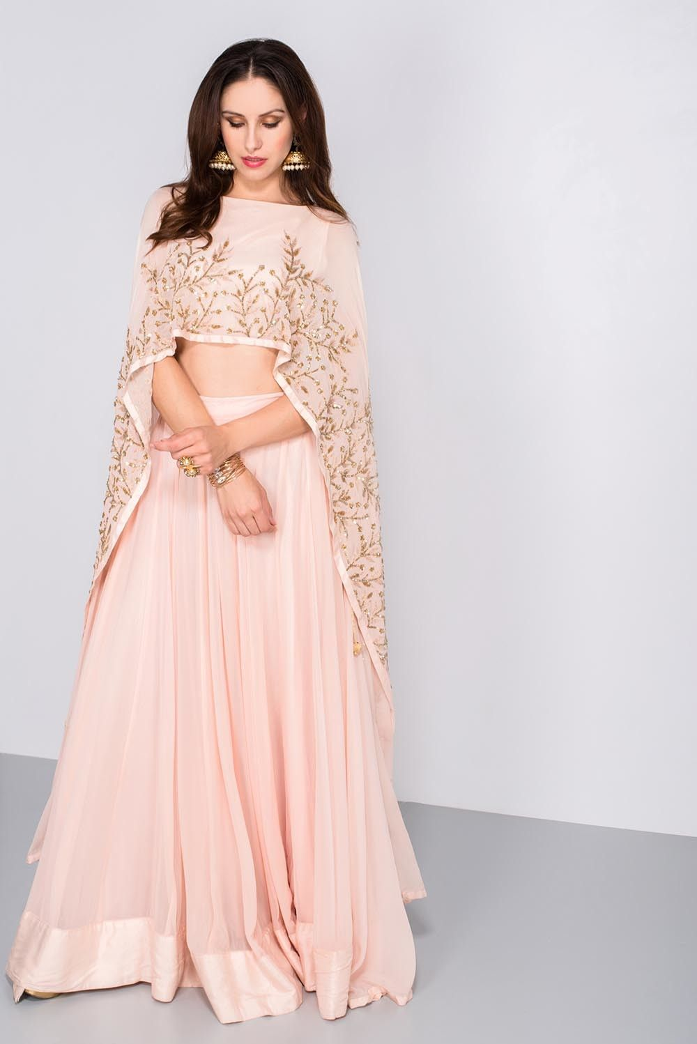 India\'s largest fashion rental service | lehengas | Pinterest ...