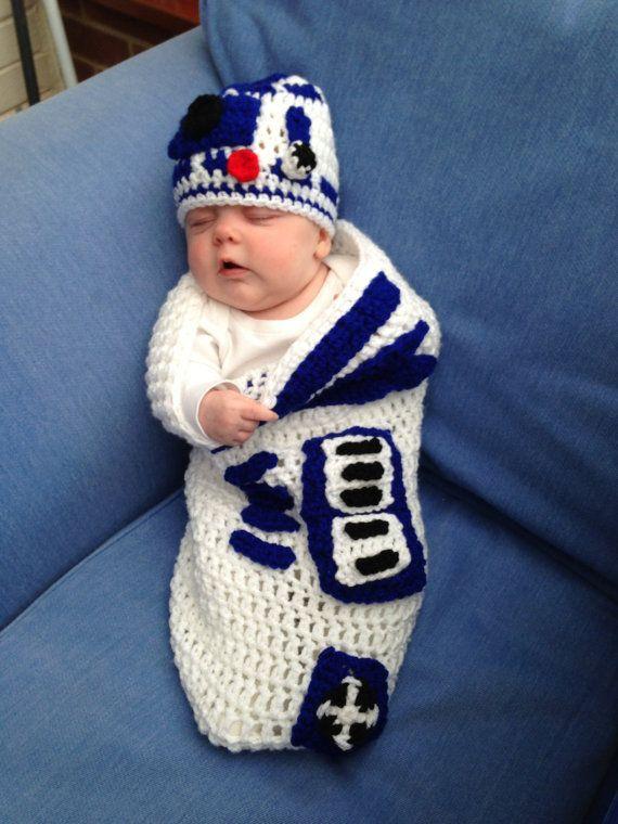 R2 D2 Baby Cocoon | Baby poki | Pinterest | Tagesdecken, Stricken ...