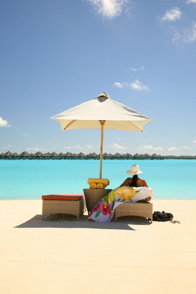 St. Regis Bora Bora... Can the sand get any cleaner and the water any more blue!? I don't think so!