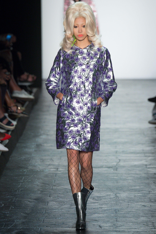 Jeremy Scott Spring 2016 Ready-to-Wear Fashion Show - Kate Grigorieva