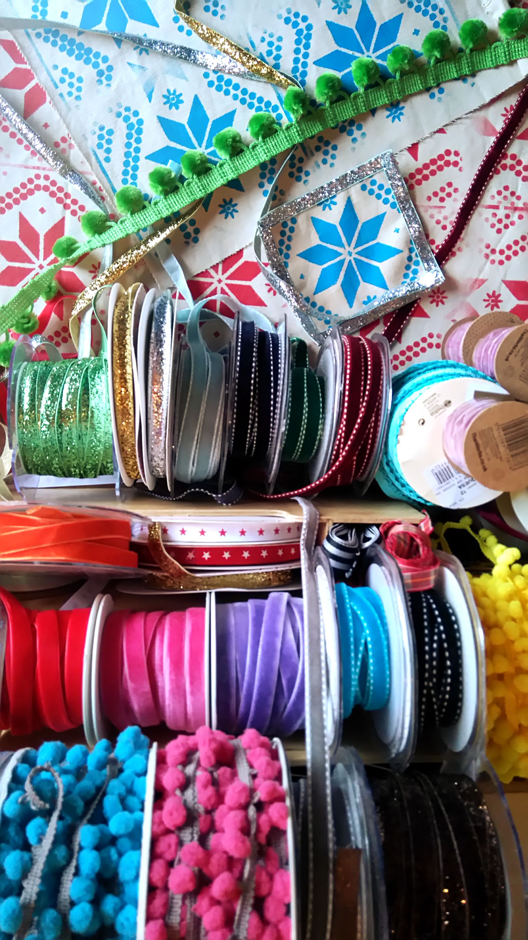 Ribbon inspiration Diy summer crafts, Diy projects for