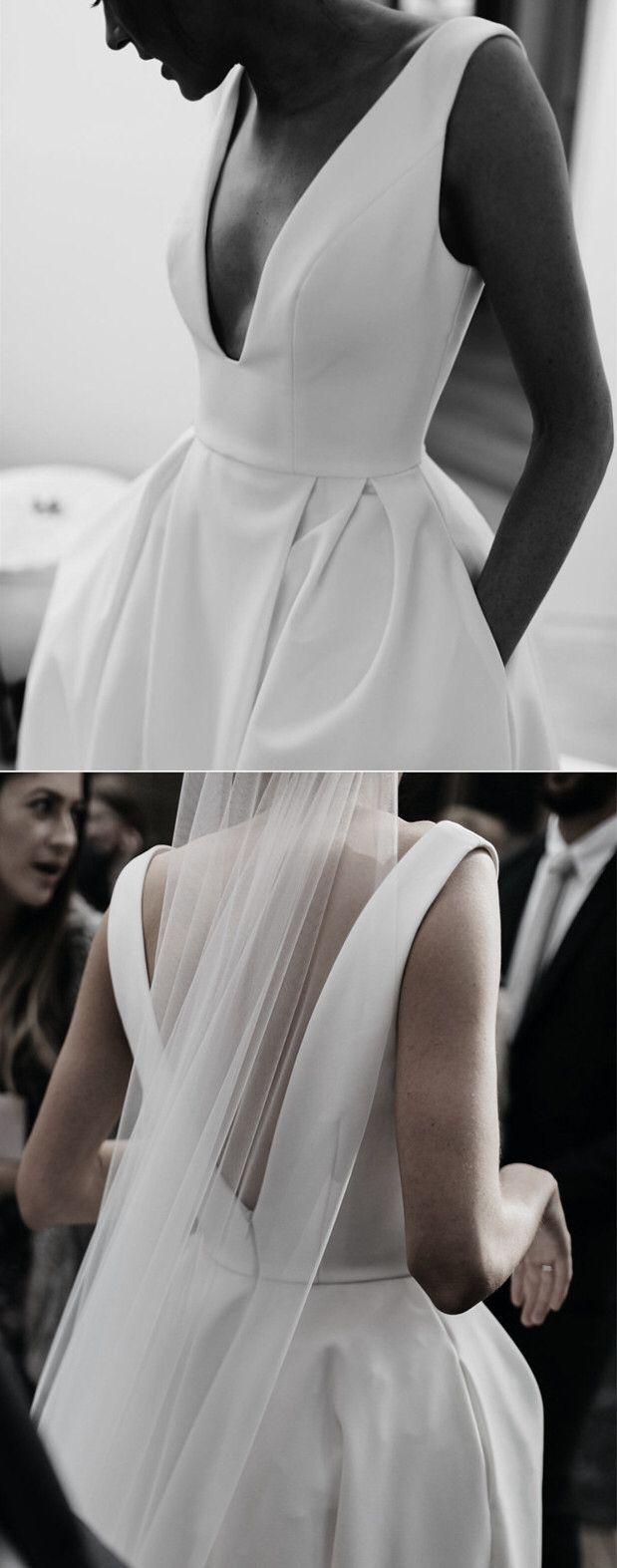tendance robe de mari e 2017 2018 sexy leg split plunge v neck long satin wedding dresses. Black Bedroom Furniture Sets. Home Design Ideas