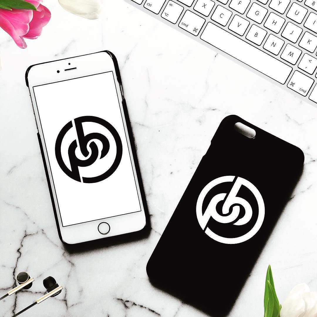 We @paynebrandingco are extremely excited about our new online print shop coming soon!  Here is a quick sample of our printing for all Phone Cases. You will be able to either upload your design for full wrap printing or we can design and full wrap print for you! Our online print shop will be able to make custom phone case covers for over T-W-E-L-V-E styles for the: - iPhone and Samsung Galaxy phones. Stay tuned because our PRINT SHOP has more SNEAK PEAKS before we launch. #printing…