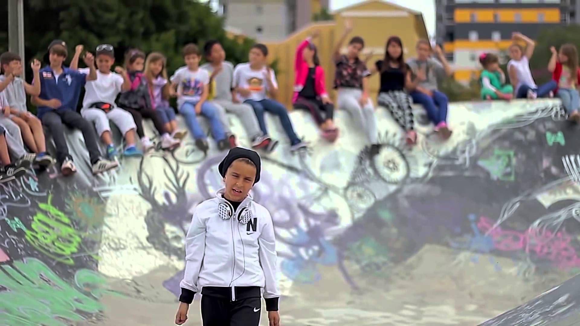 Tu Ilusi N Adexe Videoclip Oficial Proyectos Que Debo  # Muebles Nau Moncada