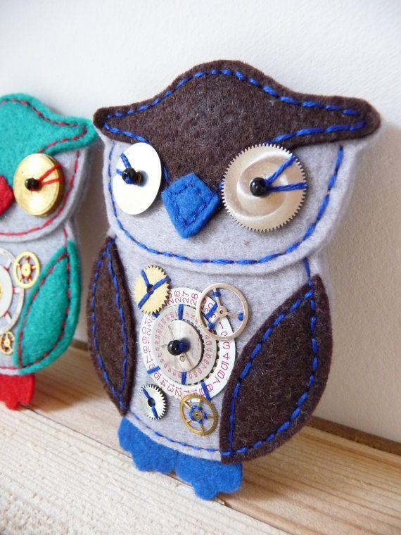 ES767/096  Steampunk Inspired Owl Design by designedbybettyshek, £15.00
