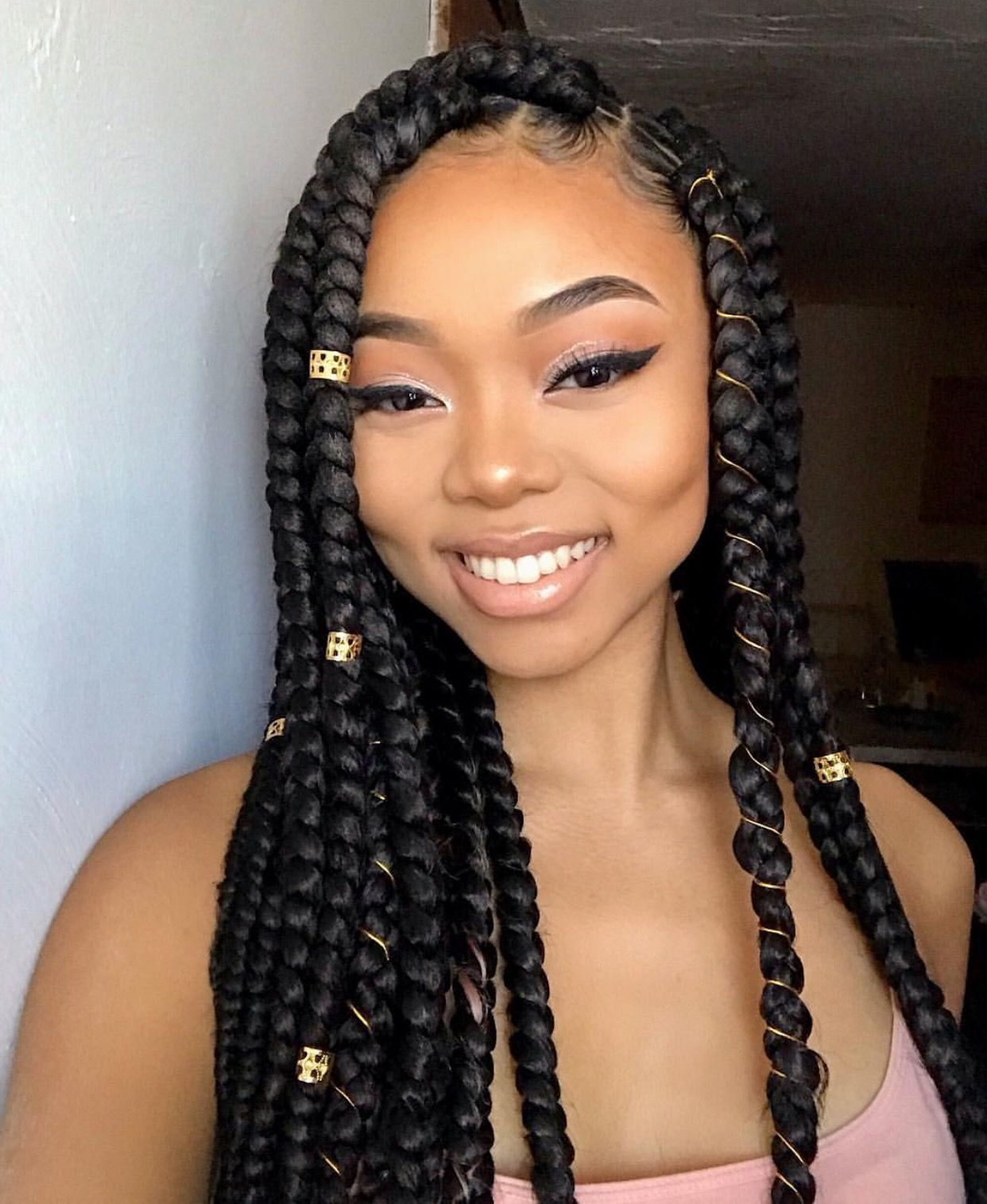 Pin By Caramel On Pertinentes Box Braids Hairstyles Curly Hair Styles Hair Styles