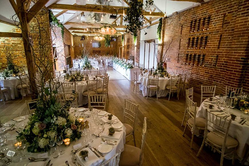The Best Barn Wedding Venues In Berkshire Wasing Park Chwv