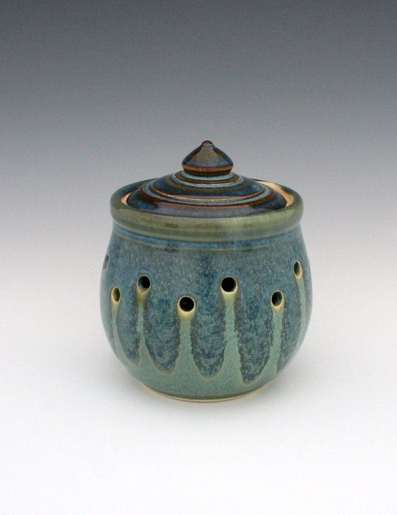 Blue And Jade Green Garlic Keeper C S Stangel Pottery Pottery Jars Ceramics Pottery Techniques