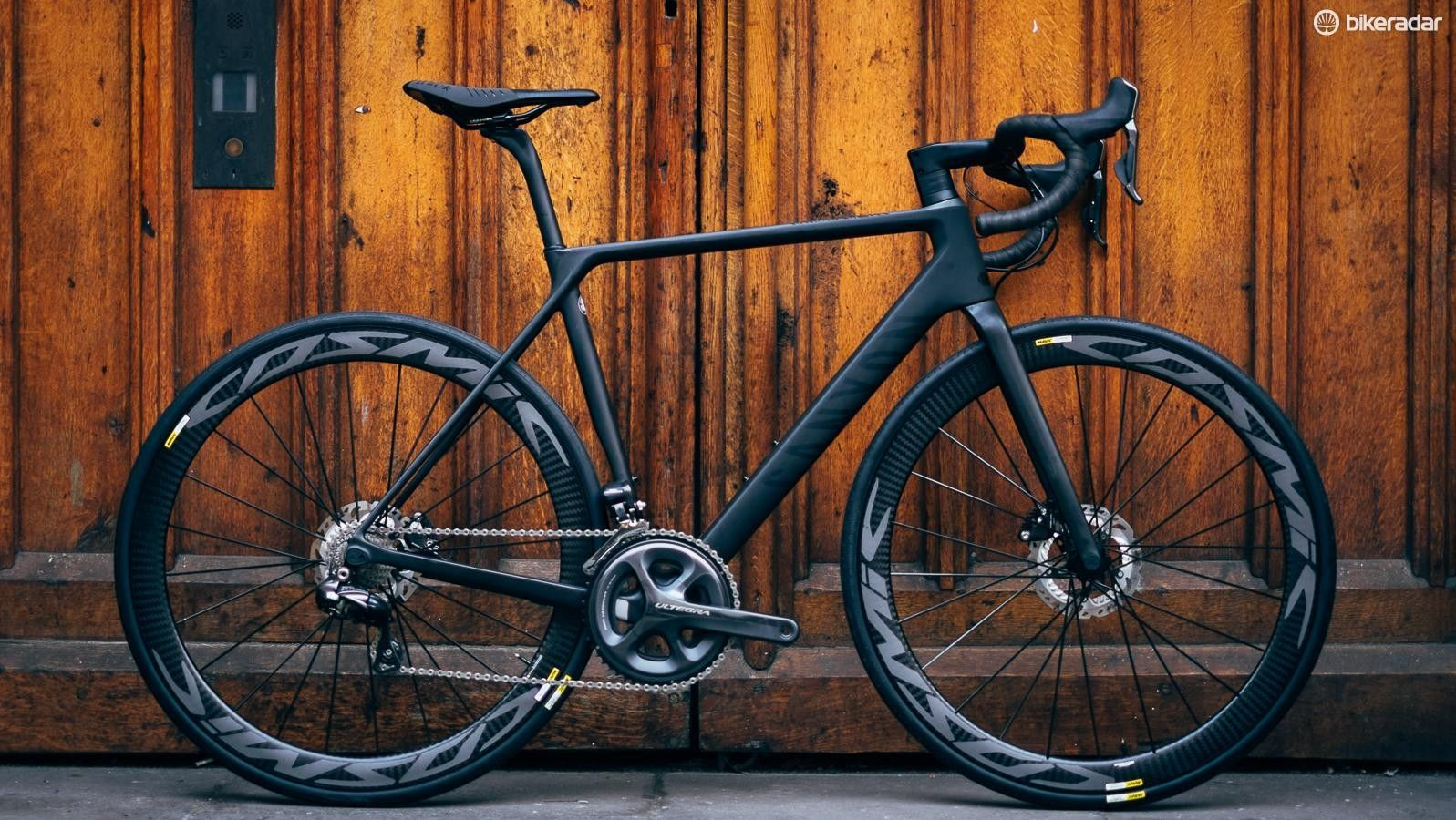 Canyon Ultimate Cf Slx 8 0 Disc First Ride Review Canyon
