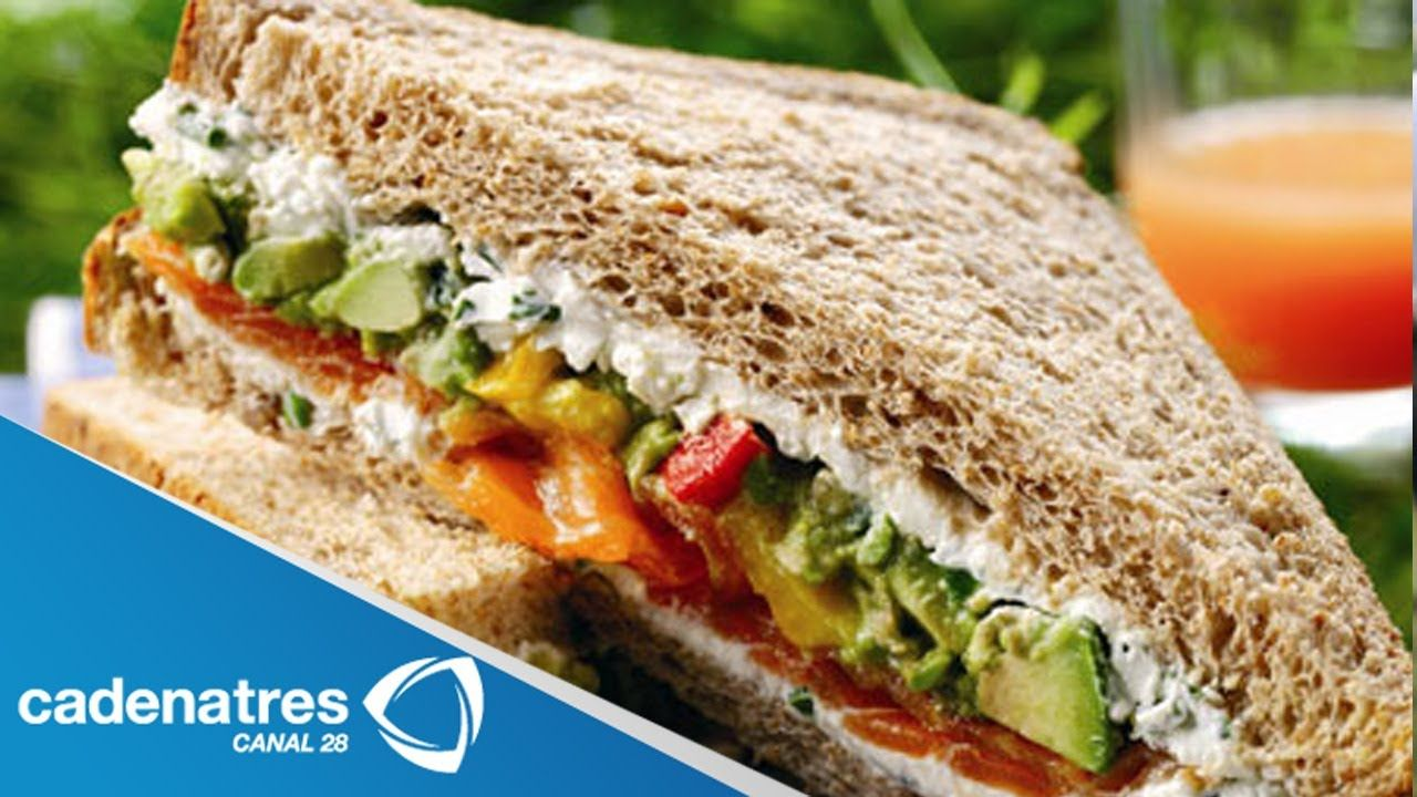 Sándwich de Aguacate con Espinacas / Receta de comida sana