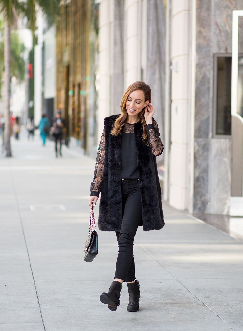 Cute black outfit - Sydne Style  Airport to Holiday Party Style