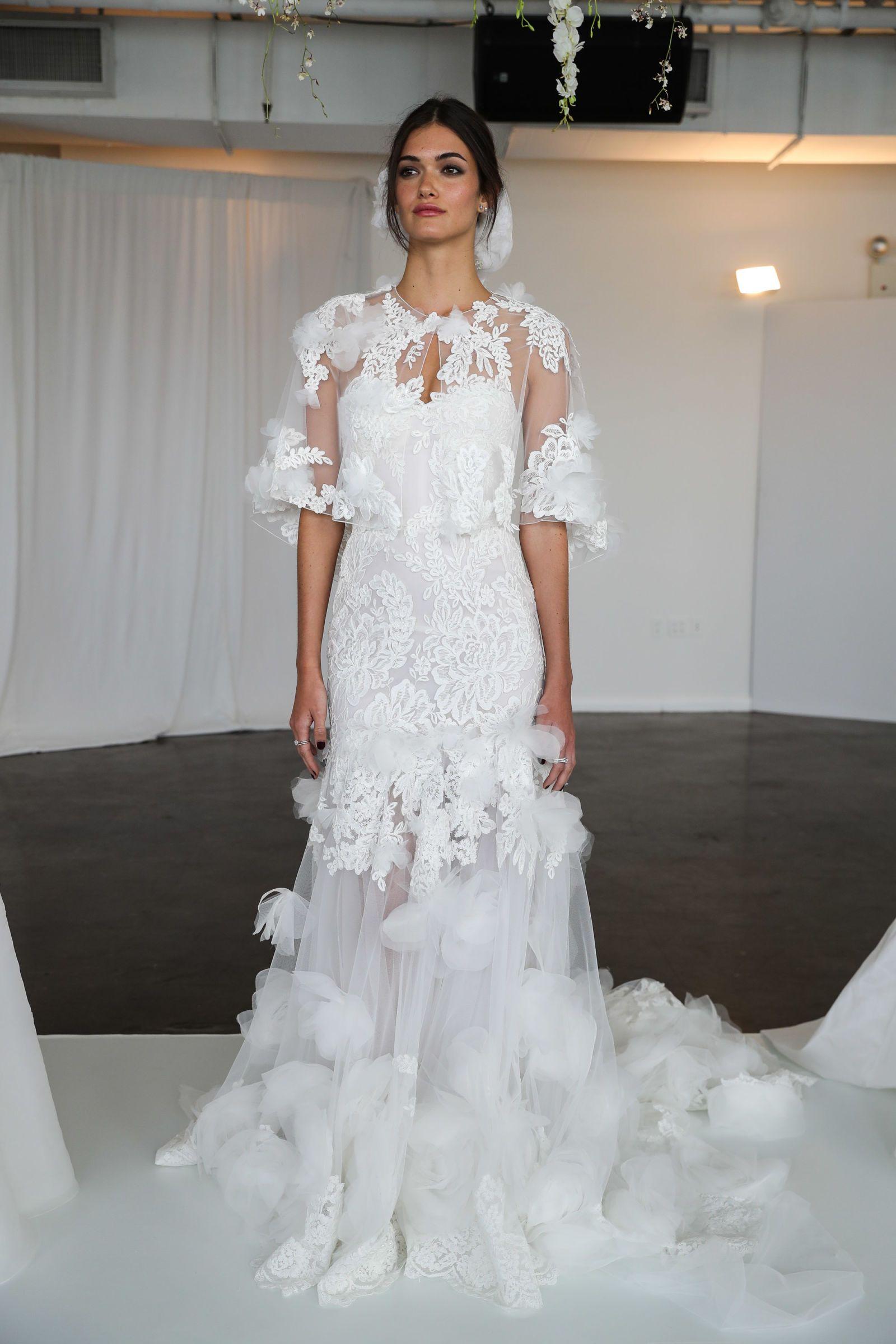 1325ea6a8e OTT Appliqué Big Wedding Dresses, Bridal Dresses, Lace Wedding, Wedding  Dress Trends,