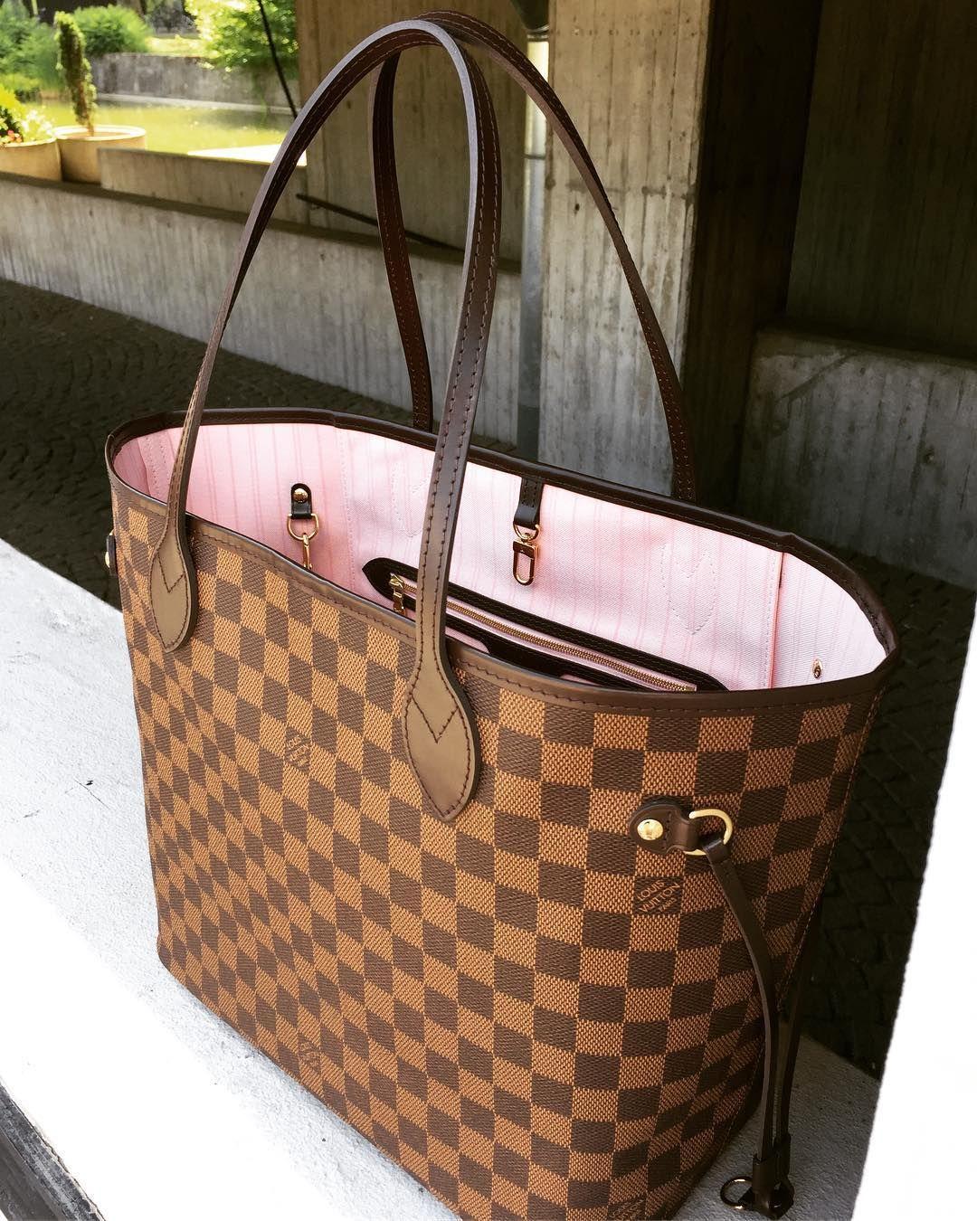8e8ae2ba67dd Classic Louis Vuitton Damier Neverful Handbags For Fashion Women. Best LV  Bag for Summer 2017.  louis  vuitton  handbags