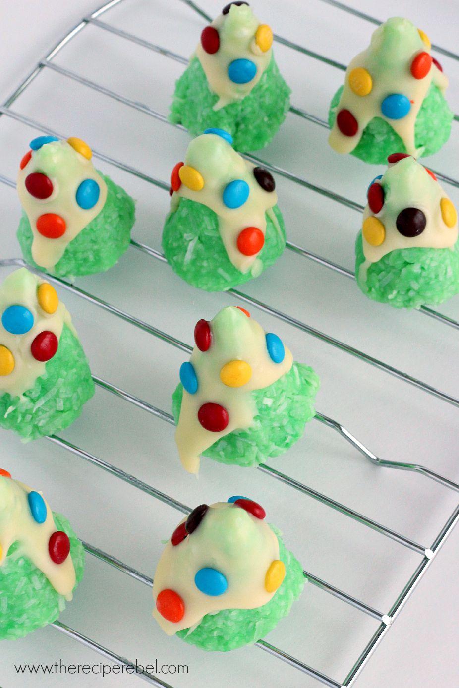 No-Bake Christmas Tree Cookies: SO easy, just a few ingredients ...