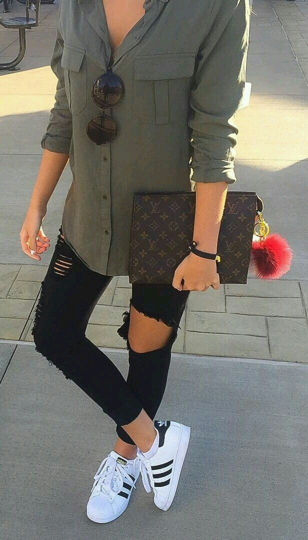 671c8a8de72a Women's Spring fashion inspo - Green Shirt, Black skinny ripped Jeans,  clutch bag, white Adidas Trainers, Round Sunglasses -  discountedsunglasses.co.uk