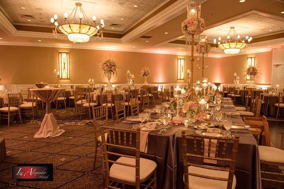 Venue Concorde Banquets Planner Toula Kriemadis Photographer Lex Alexander Photography Wedding Decorations Wedding Luxury Wedding