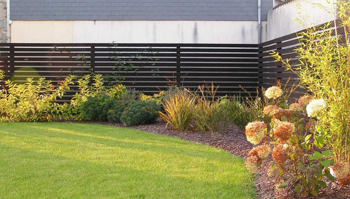 palissade composite domagne 35 terrasse pinterest palissade jardins et amenagement jardin. Black Bedroom Furniture Sets. Home Design Ideas