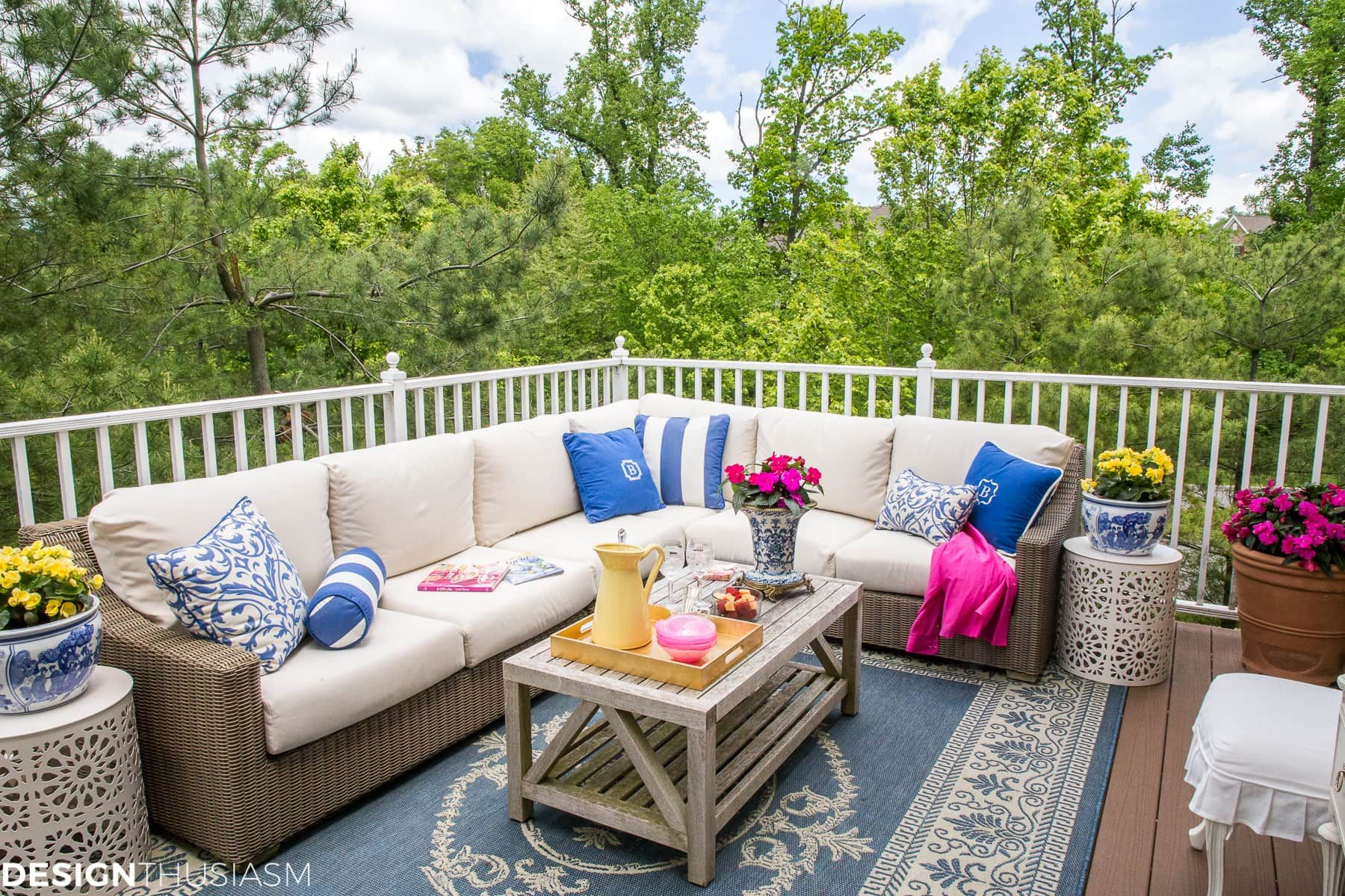 Outdoor Living Spaces: Updating the Patio with Summer ... on Cheap Outdoor Living id=45256