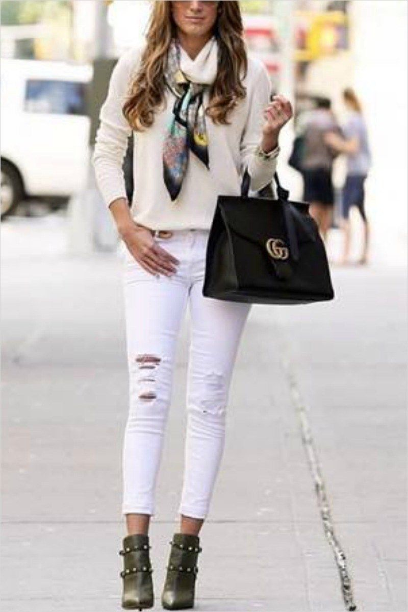 8ffdcbe8d5793 40 Adorable Fall Outfits with White Jeans and Boots 27 65 Cute Fall Outfits  for School You Need to Wear now Damn You Look Good Daily 7