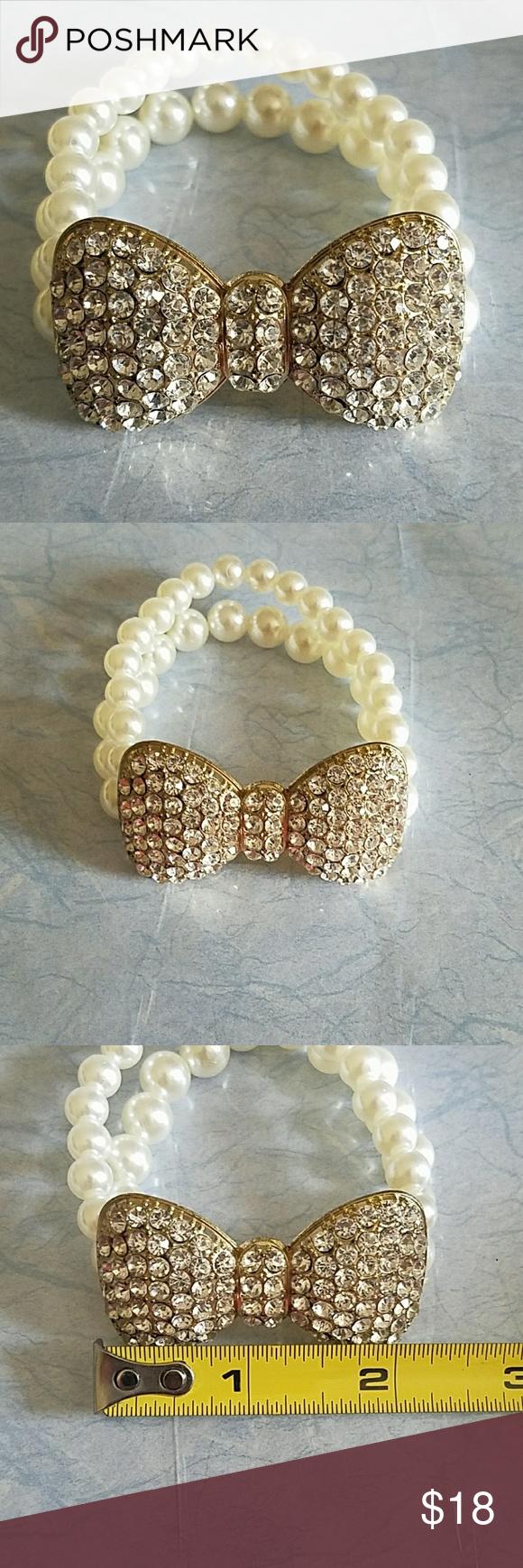 9273ae98bc338 Cute Rhinestone Bow Tie Pearl Bracelet. NWOT   My Posh Picks ...