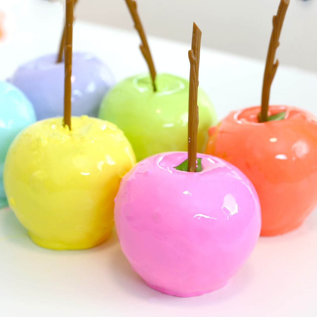 Photo of Rainbow Candy Apples