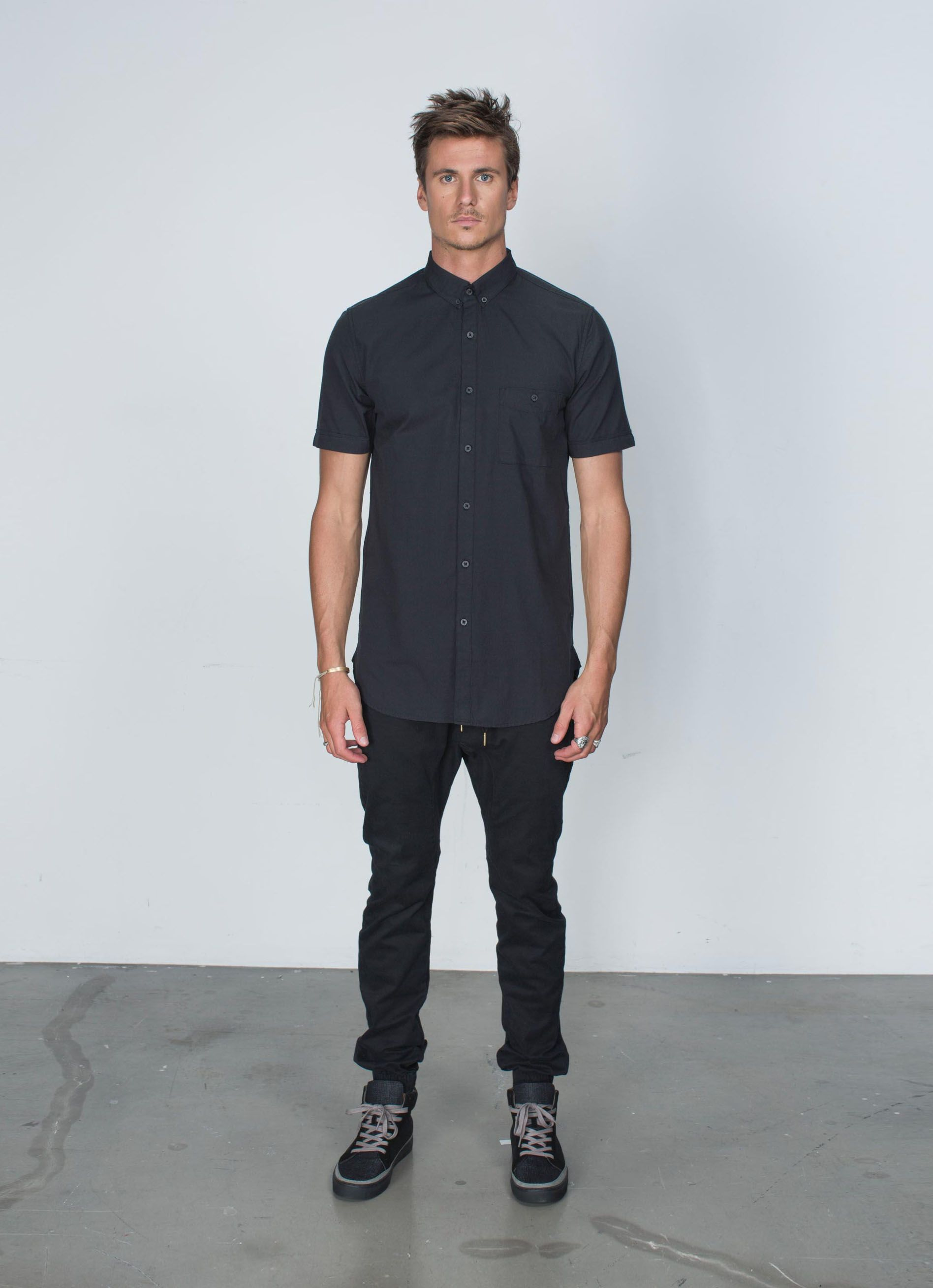 Seven Foot SS Shirt Black | Guy fashion and Man style