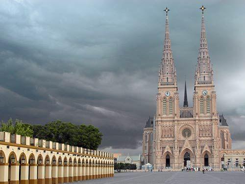 basilica-of-lujan
