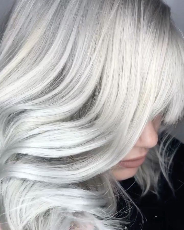 Sterling Blonde 💿 icy white platinum blonde, light silver ...