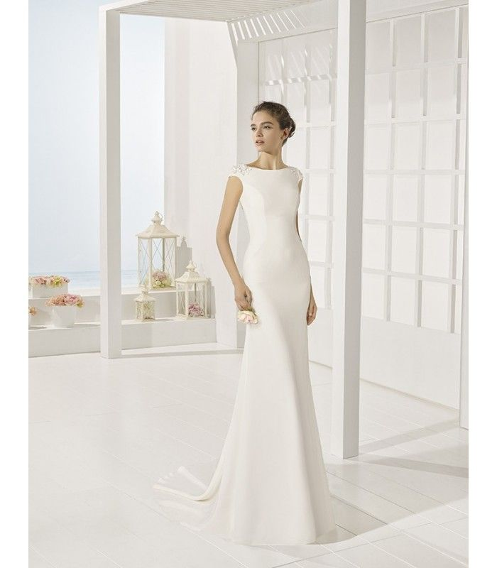 3f06a14622 Vestido de novia Yvonne de Adriana Alier.