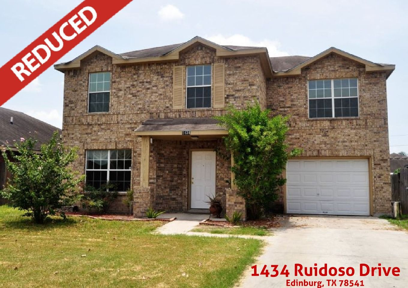 Wonderful 2 Story Home For Sale In The Subdivision Of Las Cruces 1434 Ruidoso Drive Edinburg Tx 78541 Contact The Deldi Ort Ruidoso Real Estate Outdoor Decor