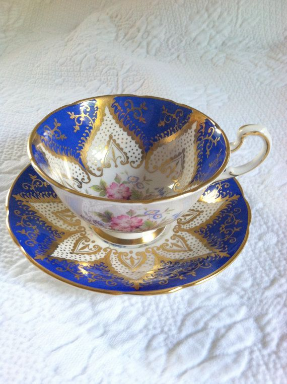 Exquisite Paragon Footed Fine Bone China Cobalt Blue Tea Cup & Saucer