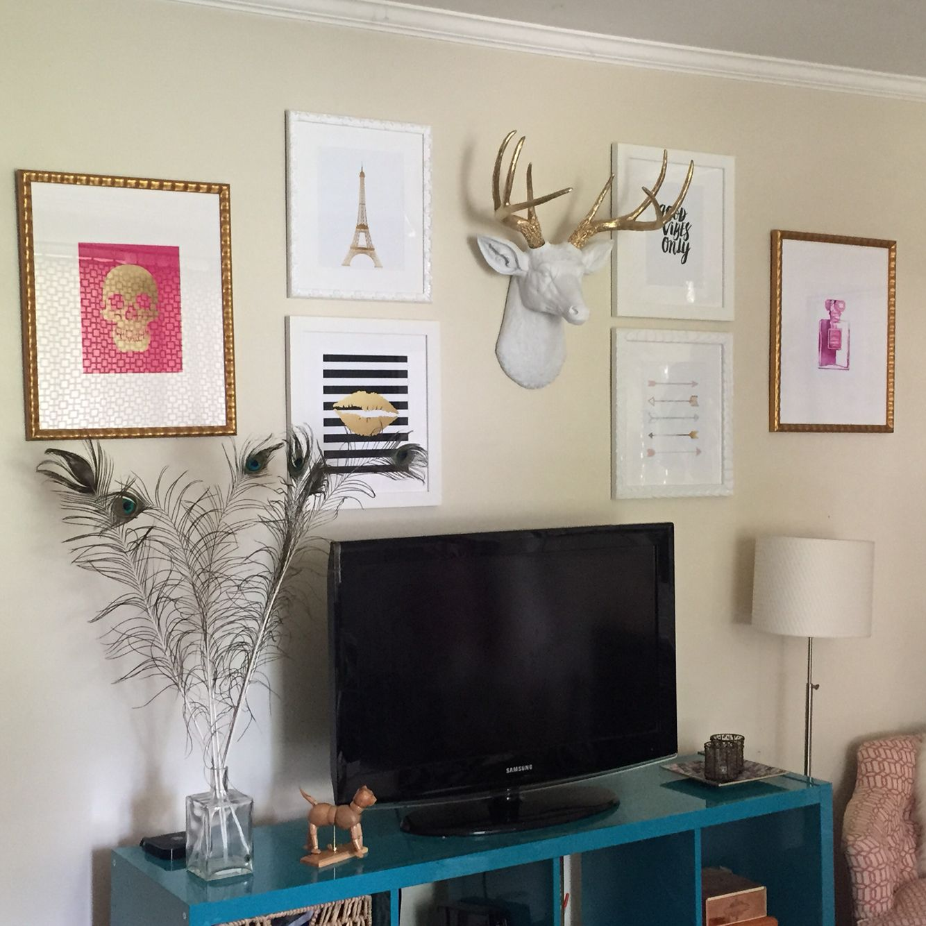 Gallery wall around TV. | Gallery and Photo Walls | Pinterest ...