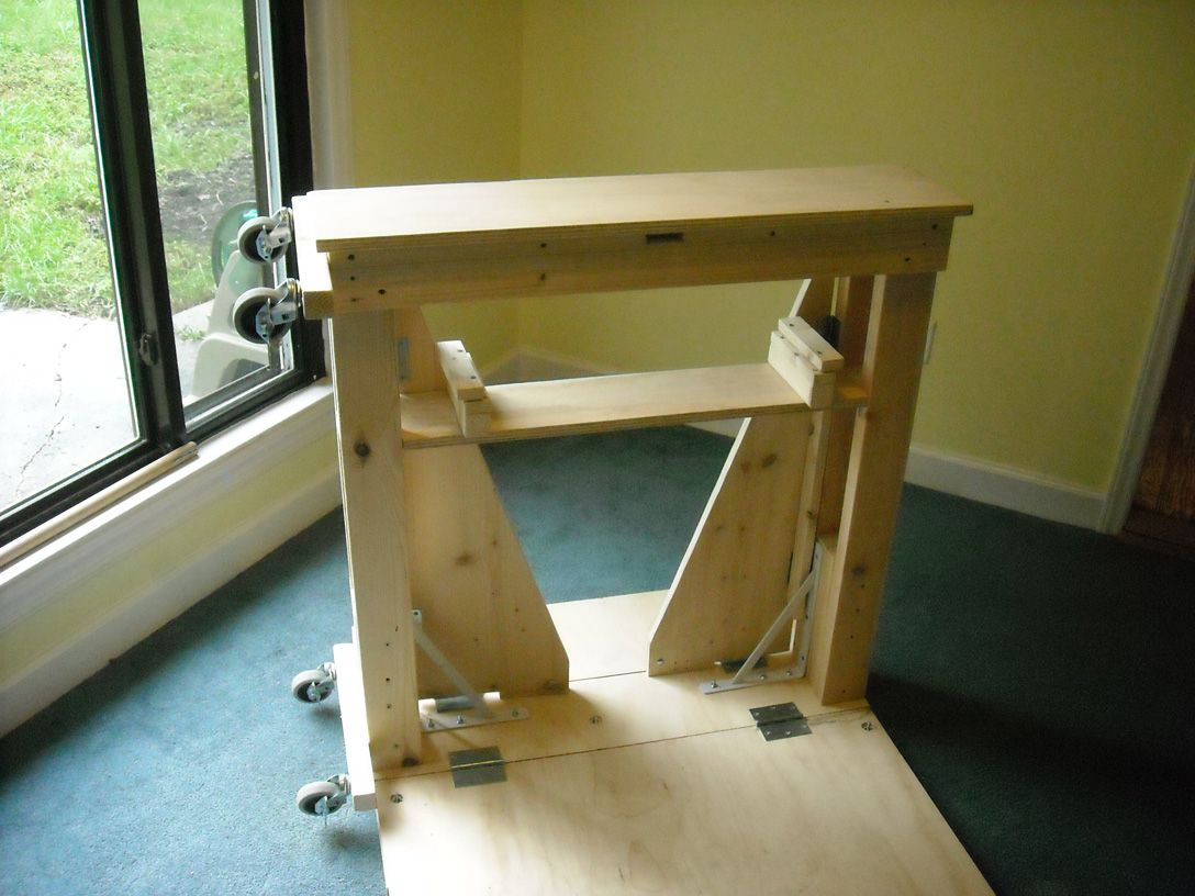 A portable jeweler's bench Larry Seiger Jewellers