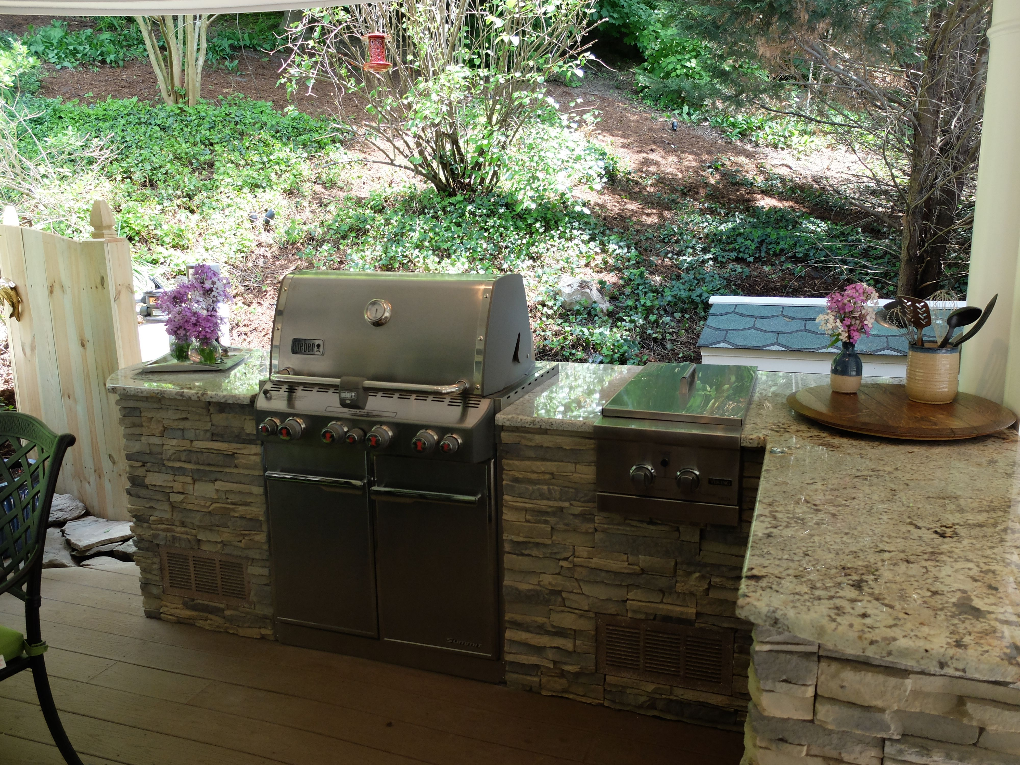 Eldorado Outdoor Kitchen Weber Kettle Grill Mounted In Outdoor Kitchen Google Search