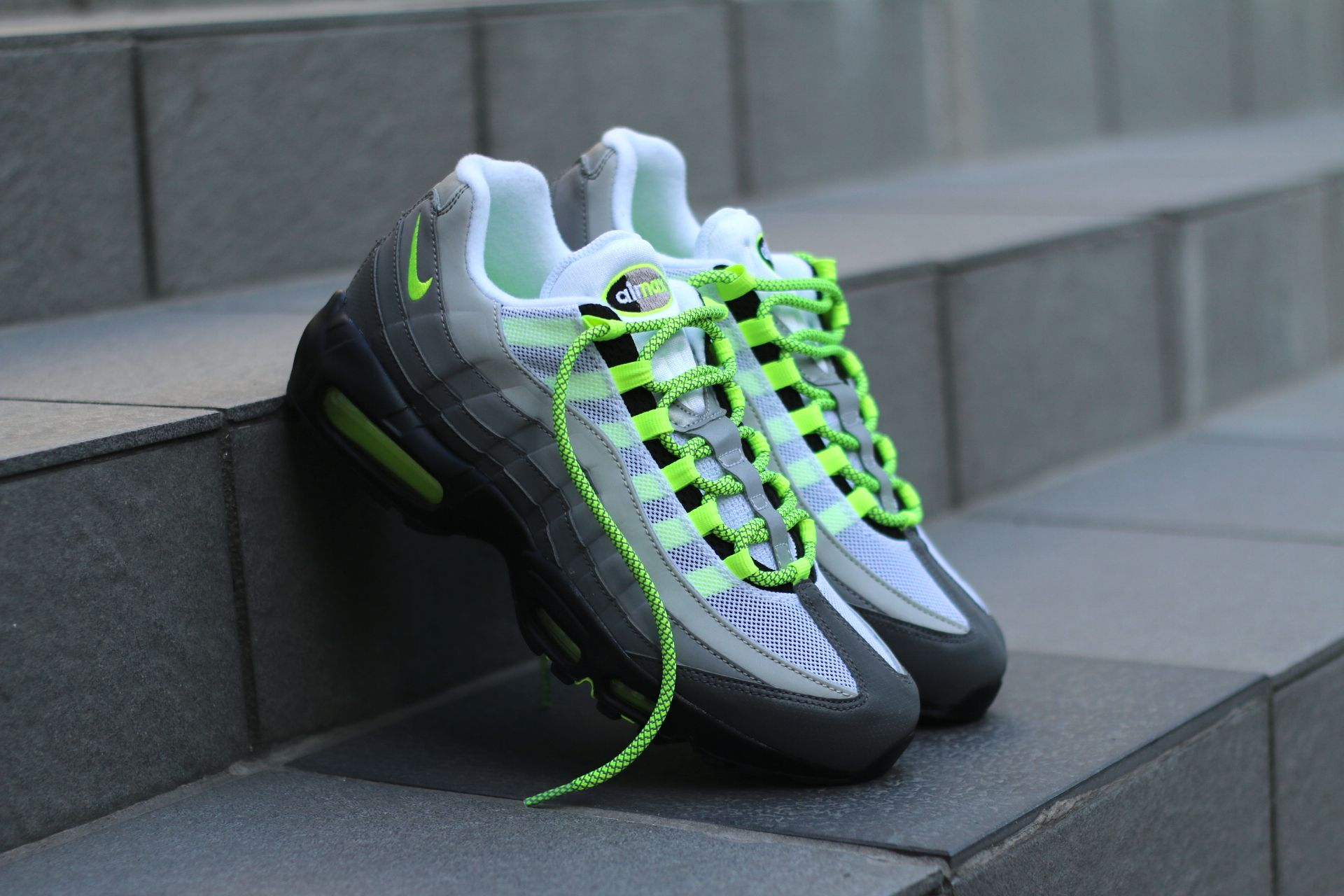 3268c43caa0 Ropes Laces UK drop Air Max 95 OG Neon Laces