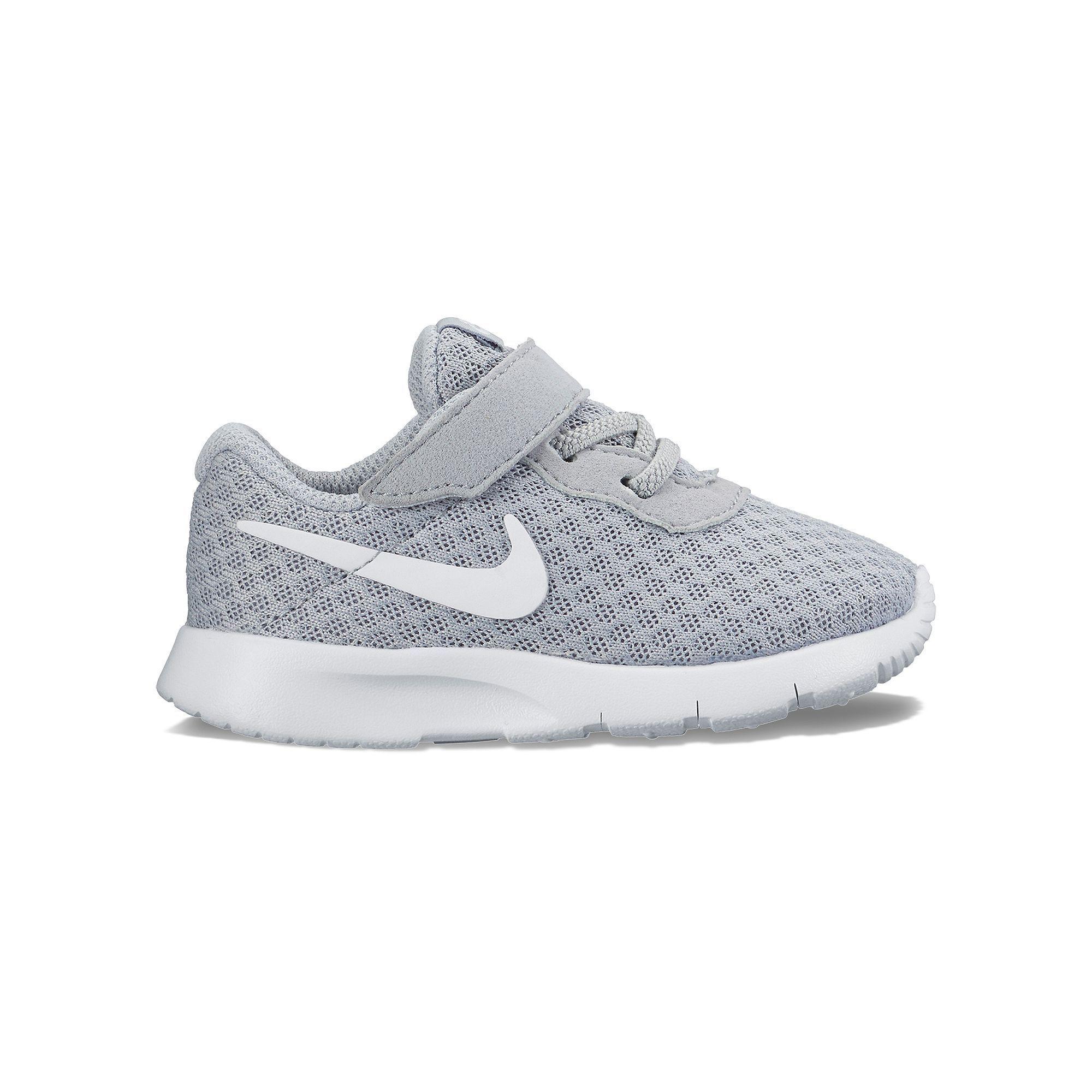 Nike Chaussures Garçon Bambin Taille 10 jeu abordable vue rabais zyqahqjOG6