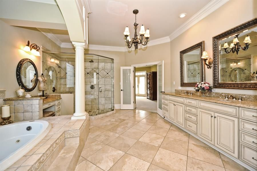 If You Liked About Interesting Luxurious Master Bathrooms In 10 Modern And Luxury Master Master Bedroom Bathroom Luxury Master Bathrooms Master Bathroom Plans