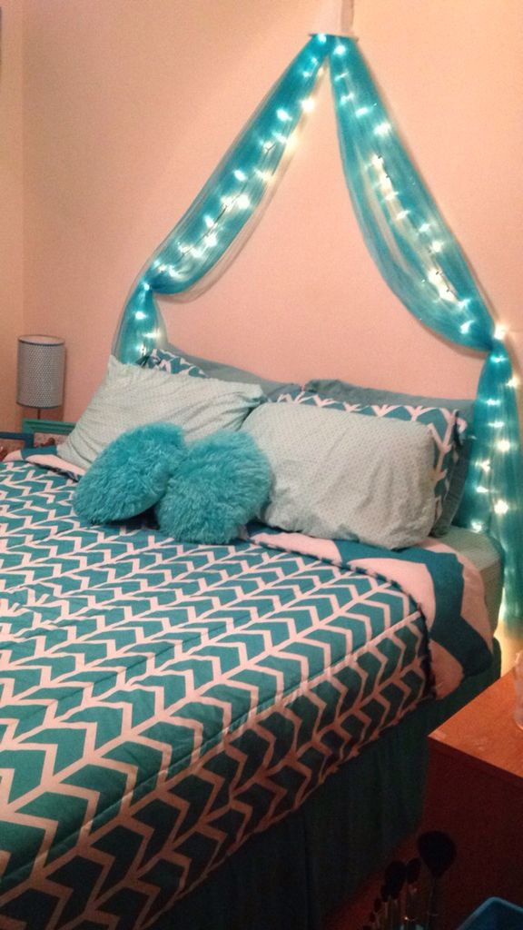 DIY LIGHTED BED CANOPY ! 4 yards of tulle one white Christmas lights (100 bulb) and one small l& shade ! Very easy and looks cute ! & DIY LIGHTED BED CANOPY ! 4 yards of tulle one white Christmas ...