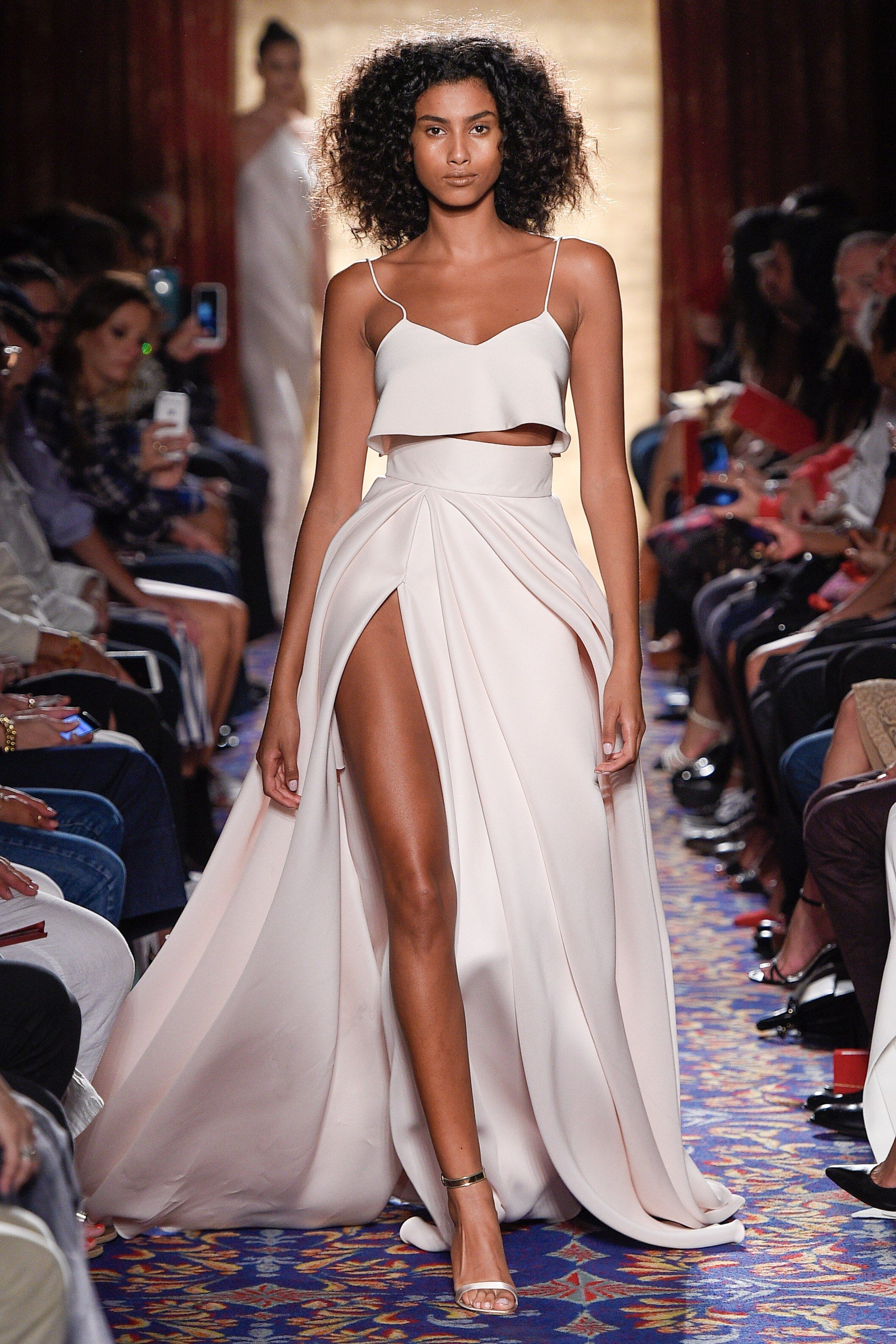 9f8b36db4 Brandon Maxwell Spring 2017 Ready-to-Wear Fashion Show - Imaan Hammam