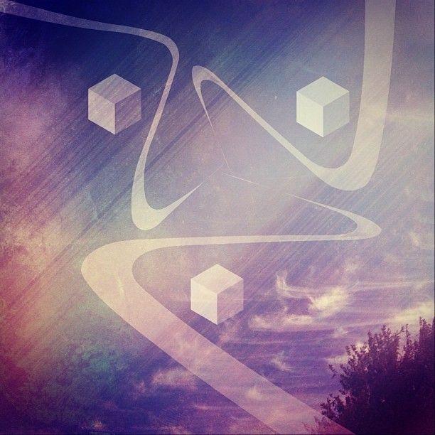 "@original_chriskyle's photo: "" imperfect symmetry  #spaceffects #lorystripes #tangent #mextures #skyporn #cosmic_ozone #bas_deeper #blackarkstudios #wiggteam #editoftheday #glitchmobinspired"""