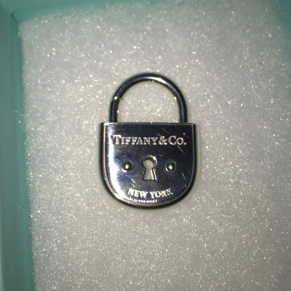 New Authentic Tiffany & Co Arc Lock Authentic Arc Lock Beautiful Tiffany & Co. Jewelry