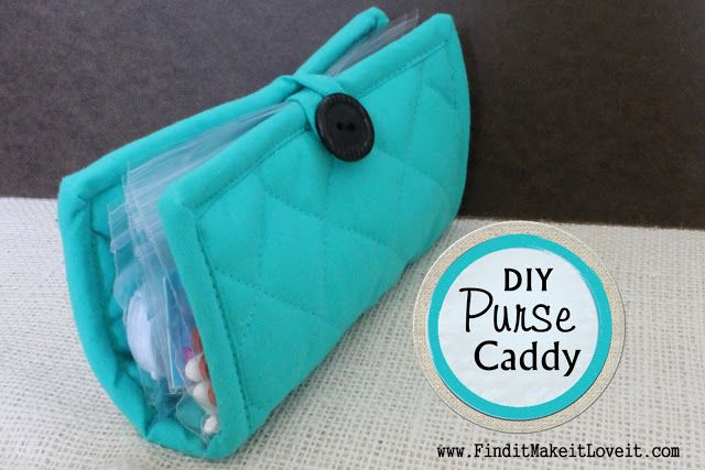 DIY Purse Caddy...super easy, uses a hotpad and snack size baggies ...