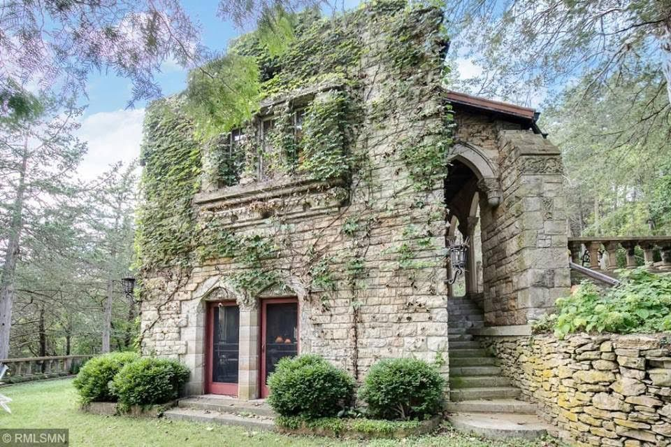 1920 Stone House For Sale In Hastings Minnesota Old House Dreams Stone House Hastings Minnesota