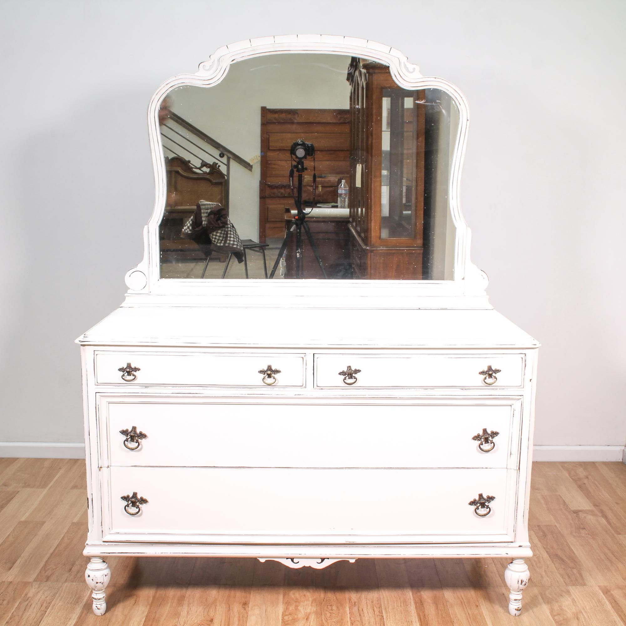 vintage chic of image magnificent furniture drawers shabby home size chest design full inspirations decorvintage bench